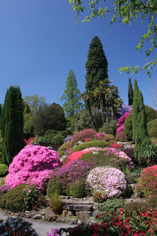 Сад Леонардсли и Викторианский кукольный домик